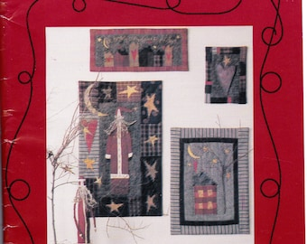 Quilted Sampler Pattern Old World Santa Christmas Heart Home Wall Hanging