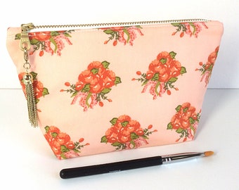 PEACH MAKEUP BAG - Pretty Makeup Bag - Small Cosmetic Bag - Gift for Her - Gift for Mom - Gift for Girlfriend