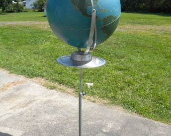 Very Cool Scarce Vintage 1950s Standing Or Table Top METAL Nystrom WORLD  Military Training GLOBE On