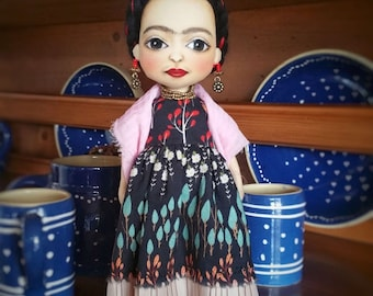 Frida Kahlo Doll, Clothdoll, Artdoll, OOAK doll, handmade doll, Personalised doll, Fabric doll
