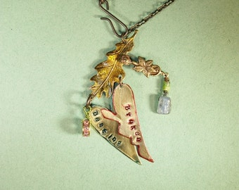 Kyanite, Turquoise Broken Beating Necklace