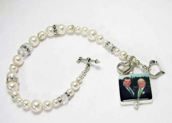 Pearl Bridal Bracelet with a Sterling Heart Charm - P3Ba