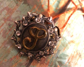 """Initial """"S"""" filigree antiqie style ring"""