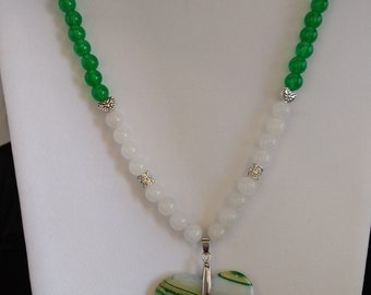 Green and White Agate Necklace with White Jade and Emerald Beads