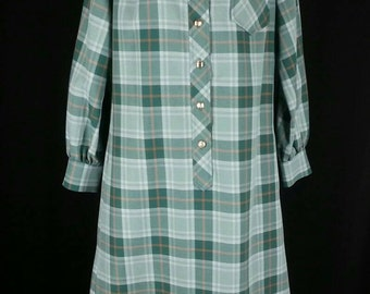 Vtg plaid shirt dress with long sleeves and metal buttons shift neck sash size medium chest 40