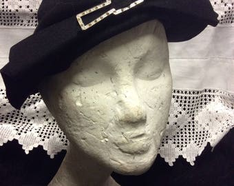 1940s French Felt, Black Hand blocked hat, re-enactors, genuine 1940s