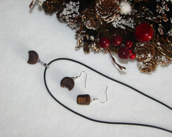 Adornment necklace and Earring Set Christmas chocolates captured (12)