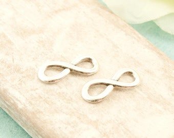 5x Infinity Eternity 15mm antique silver pl.  #3711