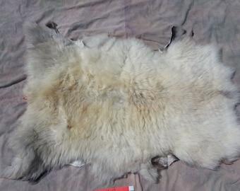 Sheepskin - Brown Grey - Medium Wooled Sheep Hide - Lot No. 28097RED