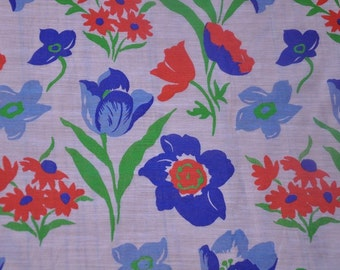 Whimsical Cottage Floral- Vintage Fabric Pretty Garden New Old Stock 70s