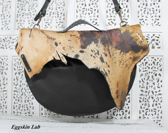 Unique. Only one piece. Gaiya leather shoulder bag. Crossbody bag. Bag like a Messenger bag but soft italian leather. Handmade in Italy.