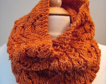 Cloudy Fall ------Cowl Knitting Pattern