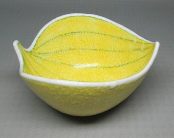 Yellow pottery bowl from Italy , shaped like a leaf mid century modern