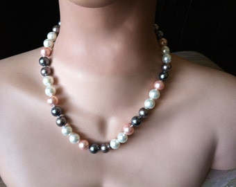 "Vintage 90's   ""FRESHWATER  BEADED STRAND"" Black, White & Pink Necklace"