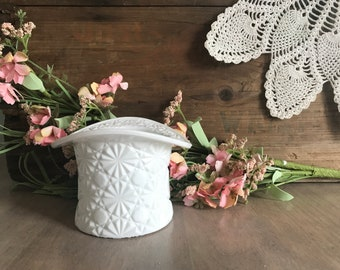 Vintage Daisy and Button White Milk Glass Hat Vase...