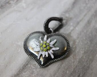 Vintage silvertone edelweiss large pendant, estate jewelry