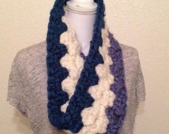 Chunky Cowl in Blues