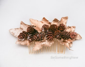 Gold Leaf and Pine Cone Hair Comb, Winter Wedding Hair Accessory Golden Hair Clip Bridesmaids Hair Comb Holiday Hair Accessory