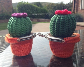 Cactus Coin Purse Crochet Pattern
