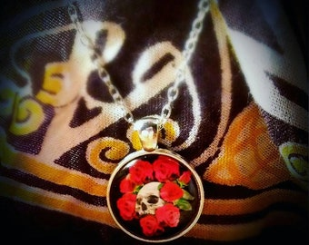 Skull and Roses Pendant Necklace