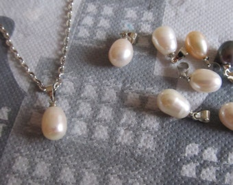Necklace with Freshwater pearl