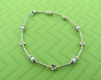 stainless steel and glass pearl anklet. avail in 9.5 - 10.5 inches