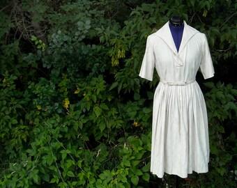 Western 1950s Dress // Full Skirt Day Dress // Shirtwaist Dress // Khaki Dress // Chevron Large Vintage Dress