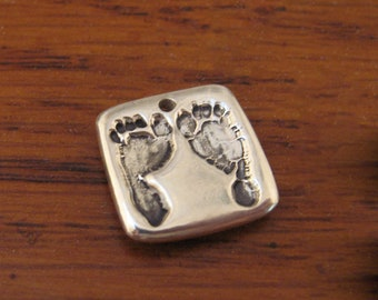 Baby's Footprint Pendant Charm Silver Handmade Keepsake Personalized Fashion Mother Father Sister Brother Baby Friend