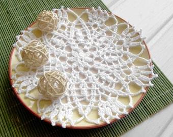 Crochet doily Small doily White flower crochet doily Cotton lace doilie Small crochet doilies Crochet coaster 354