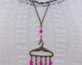 """Long necklace named """"fitted necklace"""""""