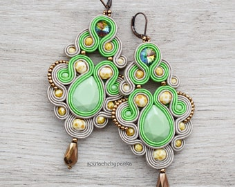 Sale 20% - Soutache dangle earrings. Bohemian green jewelry. Soutache handmade earrings.