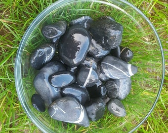 Great black and white natural beach pebbles from Ireland,  aquarium and terrarium decoration,  crafts supplies,  #PE18