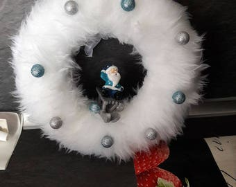 wreath ornament.