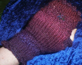 Spring Dew Berries Fingerless Mitts Knitting Pattern