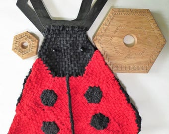 Hexagon Ladybug Bag to weave on hexagon looms designed by Noreen Crone-Findlay