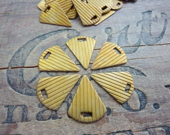 Vintage Art Deco Brass Stamping Triangle Fob (4)