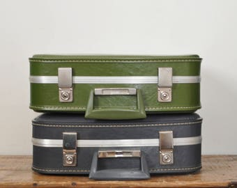 """Vintage Small 17 """" Suitcase Pair Overnight Bag Child Size Luggage Set of 2 Storage Cases Green and Gray Retro"""