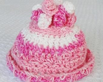 Pretty in Pink Crocheted Baby Girl Beanie Hat Cotton Floral CurlyQute Spiral Top