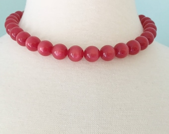 Red Moon Glow Beaded Necklace, Vintage Jewelry, Cherry Red Lucite Beads, Adjustable Moon Glow Lucite Red Choker, Vintage Choker Necklace