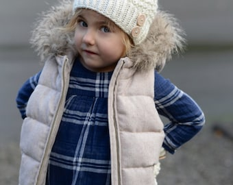 Knitting PATTERN-The Pomlynn Hat/Mitten  Set (Toddler, Child, Adult sizes)