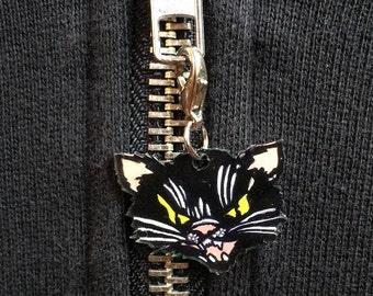 CAT Zipper Pull