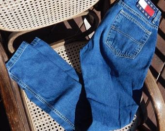 Vintage Tommy Hilfiger 90s Medium Wash Denim, Bootcut, Hipster Flare
