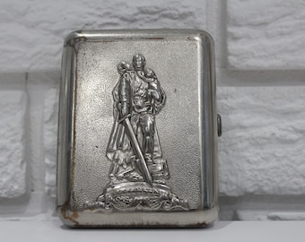 USSR cigarette case, old cigarette case, vintage cigarette box, present
