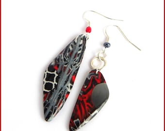 Earrings with red polymer clay silver black resin dissociated asymeytrique original fantasy