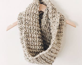 Knit Chunky Cowl Scarf | THE LANTERN | Knit Cowl