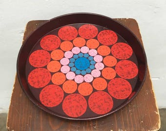 Retro metal tray with dots print