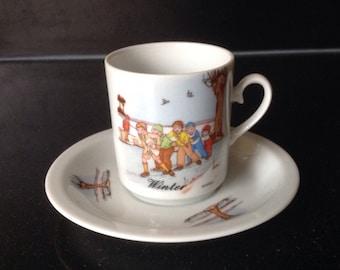 KRONESTER BAVARIA vintage / retro 2 cup and saucers winter scene
