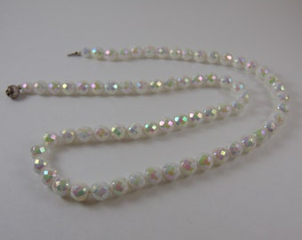 Vintage White Iridescent Aurora Borealis Glass FacetedBead Necklace STUNNING