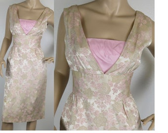 Vintage 1950s pink gold brocade wiggle  party dress small 346