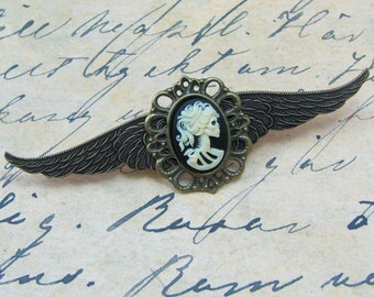 Steampunk Winged Skeleton Cameo Pin, Airship Pirate Pin, Steampunk Brooch, Steampunk Captain's Wings, Brass Winged Pin
